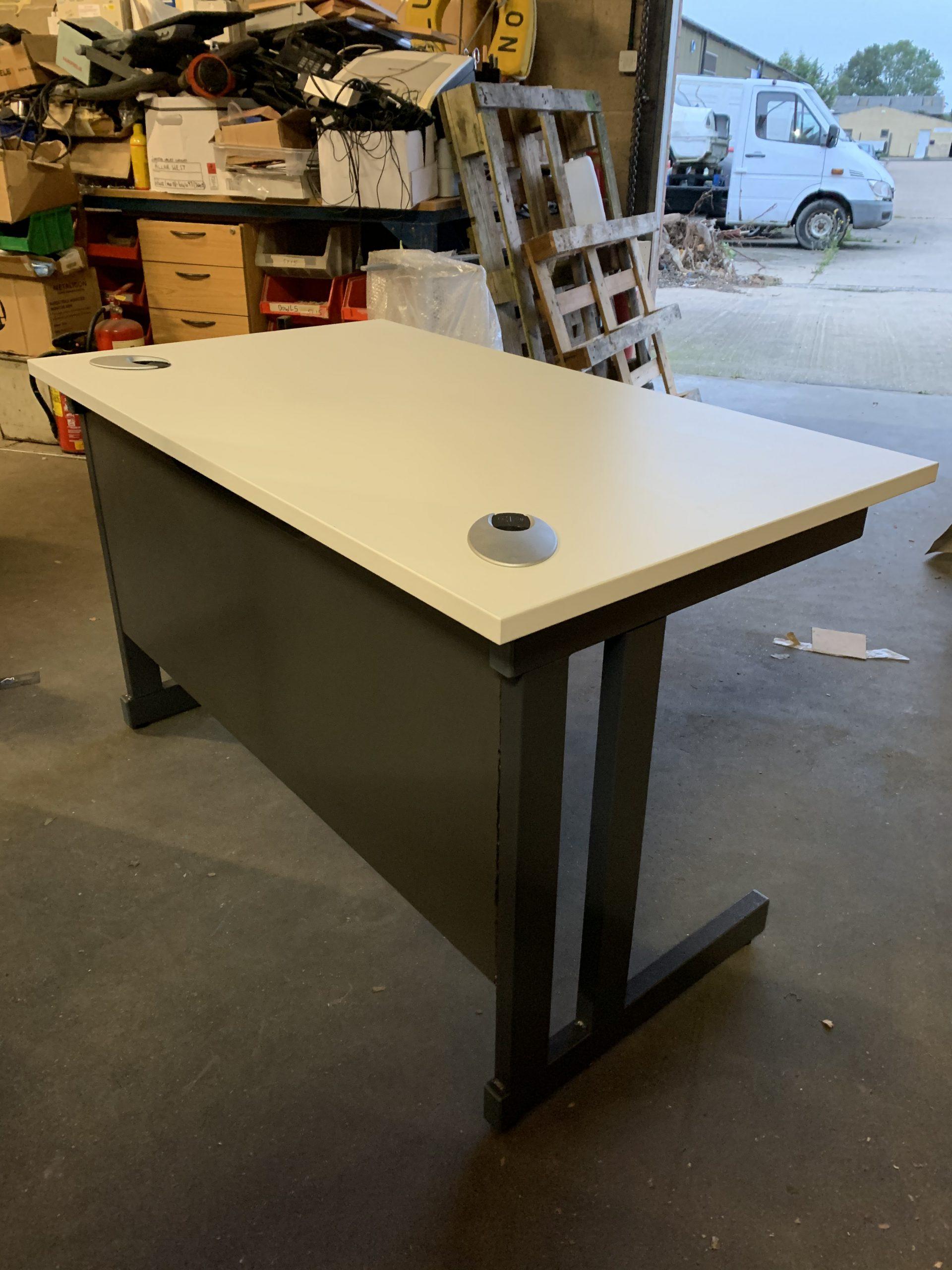 D51 1200mm X 700mm Home Office Desk White Desk Millarwest 2nd User Second Hand New Office Furniture